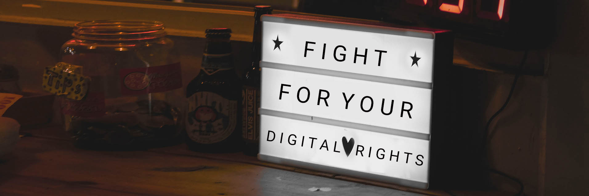 Anzeigetafel fight for your digital rights